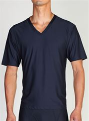 Exofficio Men's Give-N-Go® V-Neck Tee שלדג מחנאות וספורט